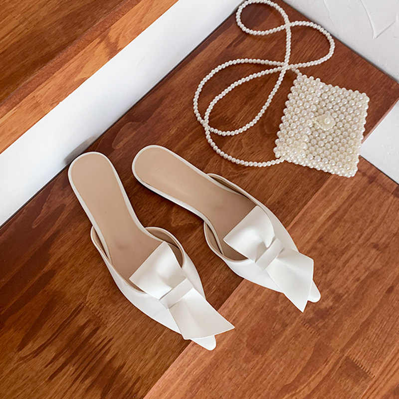 A punta piatta pantofole arco donne di usura di estate Baotou pantofole e mezzo di 2019 nuovo di modo pigro scarpe dei sandali delle donne