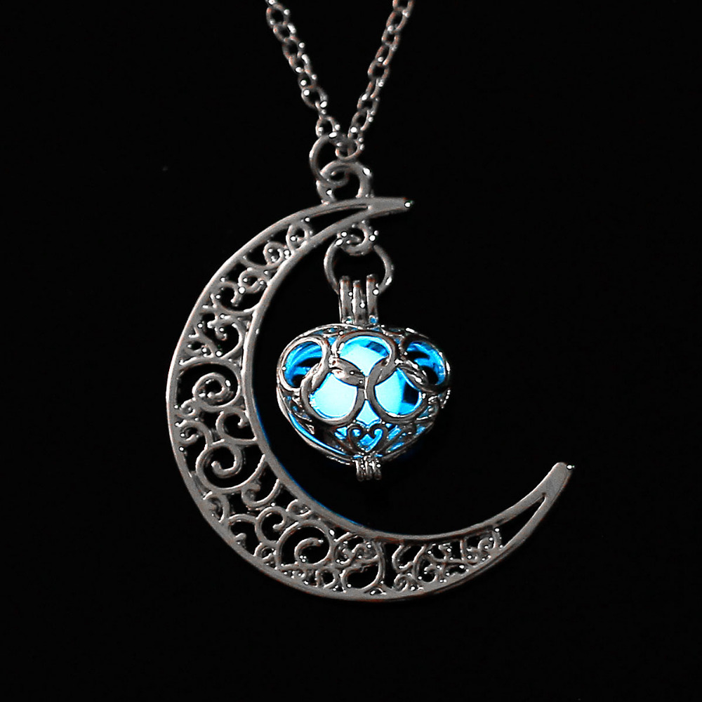 DoreenBeads 2017 Fashion Noctilucent Necklace Pendant Women Jewelry Half Moon Love Heart Silver Color Glow Pendants Gift