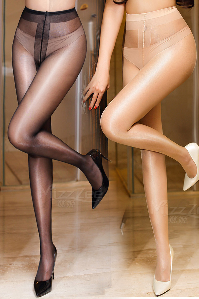 Womenin shiny pantyhose