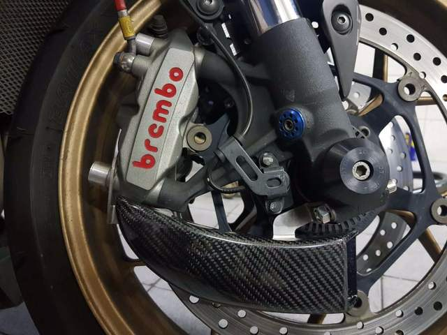 Carbon Brake system Air Cooling For YAMAHA MT-10 2019 YZF R6 05-16 YZF-R1  2004-2014 Ducts & Fixing kit