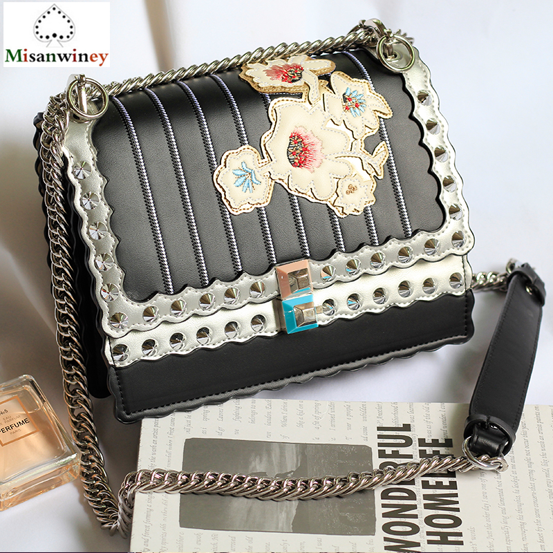 Luxury Crossbody Bags Split Leather Fashion Rivets Embroidered Flowers Chain Shoudler Bag Black White Ladies Purses and Handbags