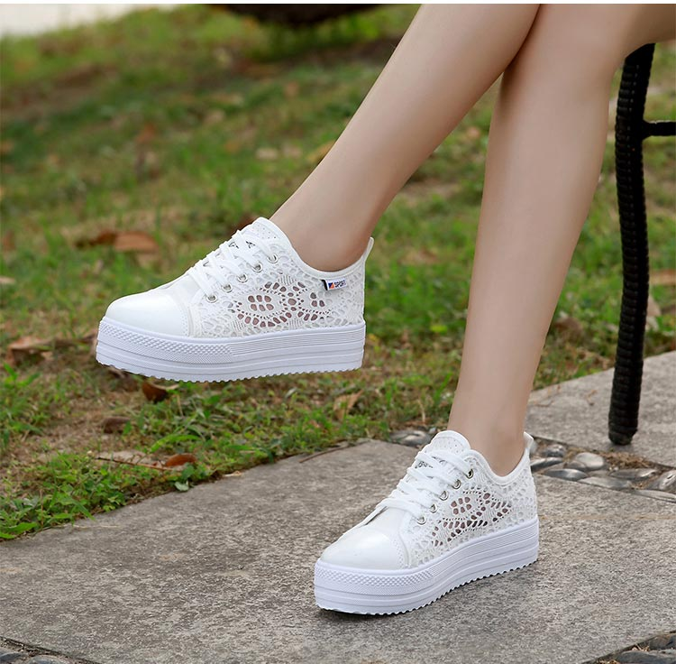 HTB1bepTacfrK1Rjy0Fmq6xhEXXat Women shoes 2019 fashion summer casual ladies shoes cutouts lace canvas hollow breathable platform flat shoes woman sneakers