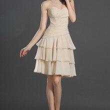 Прекрасный без бретелек возлюбленной декольте многоуровневого коктейльное платье