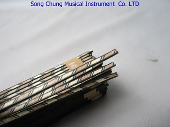 100STRIP LUTHIER FIGURED BINDING XL-206,Measures 3mm x1.4mm thick and 840mm long