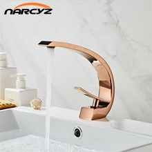 Havza musluk Modern banyo musluk bataryası gül altın lavabo musluk tek kolu tek delik sıcak ve soğuk şelale FaucetXT 419