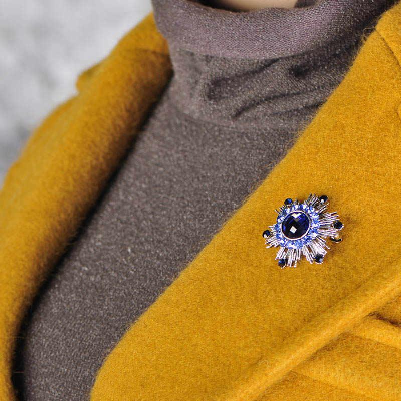 Blucome Vintage Biru Bunga Bros Penuh Kristal Paduan Bros Perhiasan Pin untuk Wanita Wanita Suit Hat Syal Aksesoris Pakaian