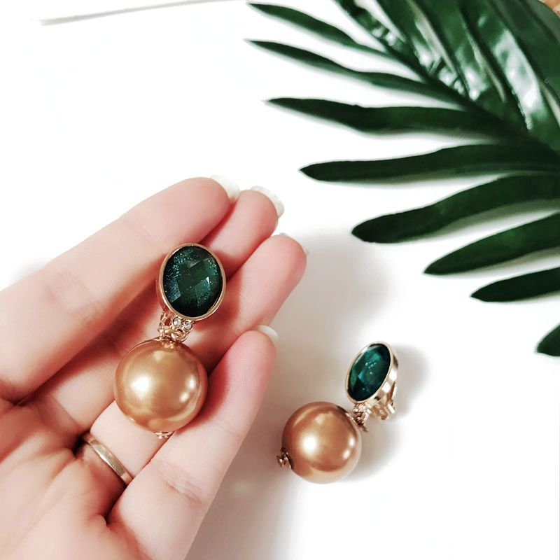 Free Shipping New Design Brown Pearl Fashion Green Clip Earring