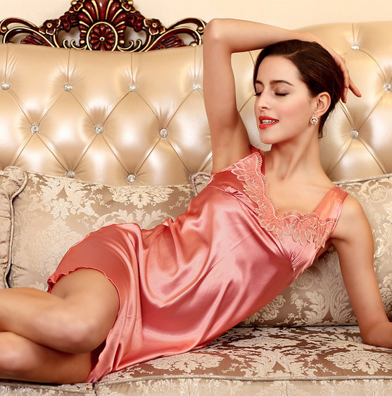 88e97e0da 2018 جديد الصيف نمط ثوب النوم باس النوم بيما السيدات ملابس خاصة النساء نوم  AZ505