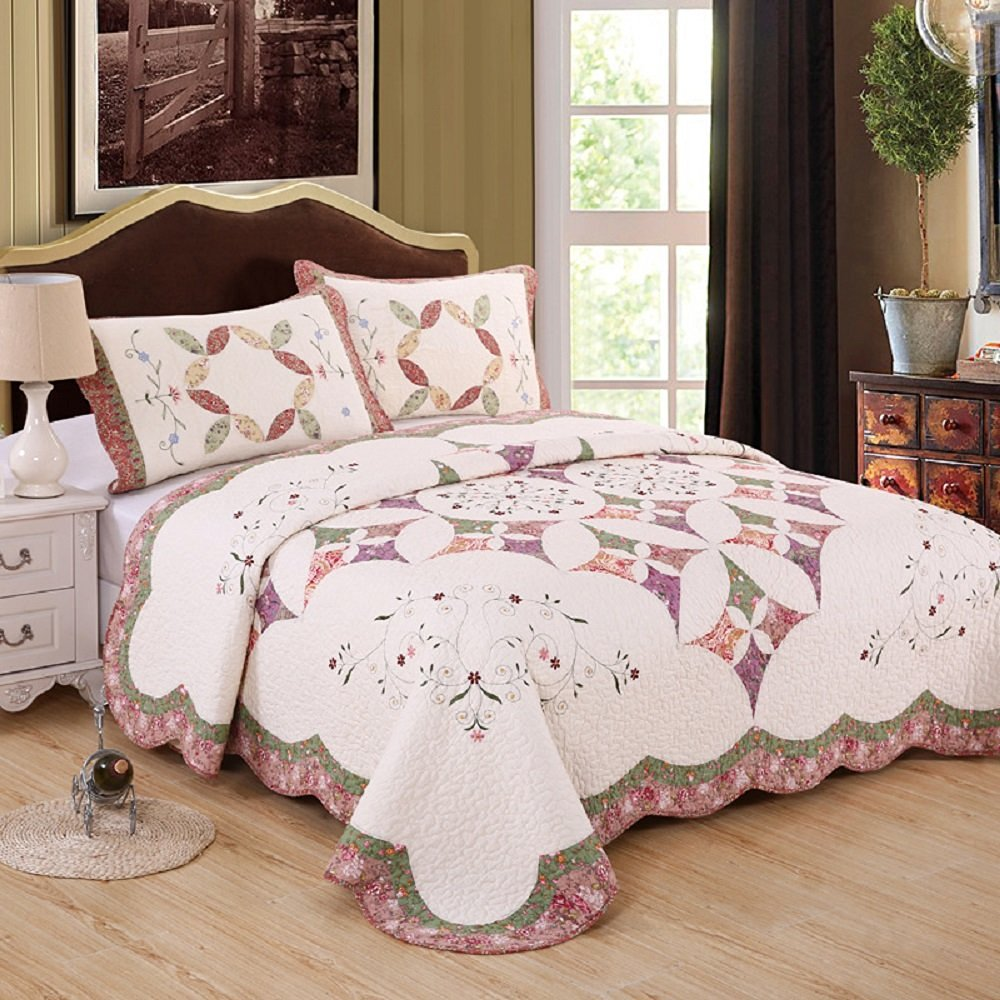 Brazilian embroidery bedspread designs - Luxurious American Rustic Floral Bedspreads Flowers Embroidered Quilt Set China Mainland
