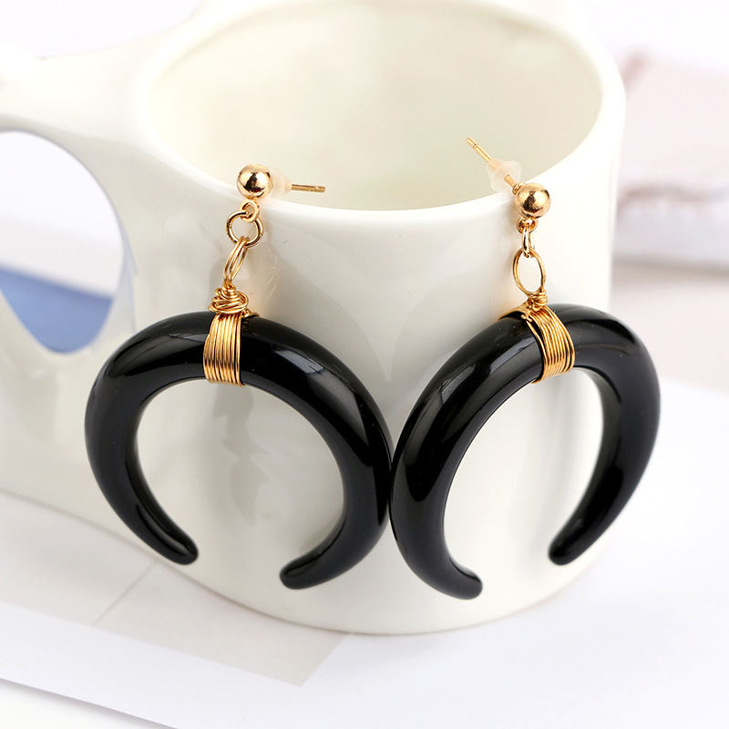 Trendy Black and White Horn Pendant Acrylic Crescent Moon Earring ...