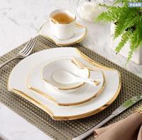 Бесплатная доставка 2018 Мода 6 частей Западной плиты стейк посуда блюдо керамическое серебро/золото Рим дежой новоселье подарок