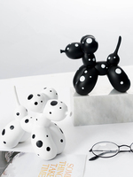 Funny Balloon Dog Resin Abstract Sculpture Living Room Desktop Cute Animal Ornaments Birthday Gift Home Decoration 1PCS