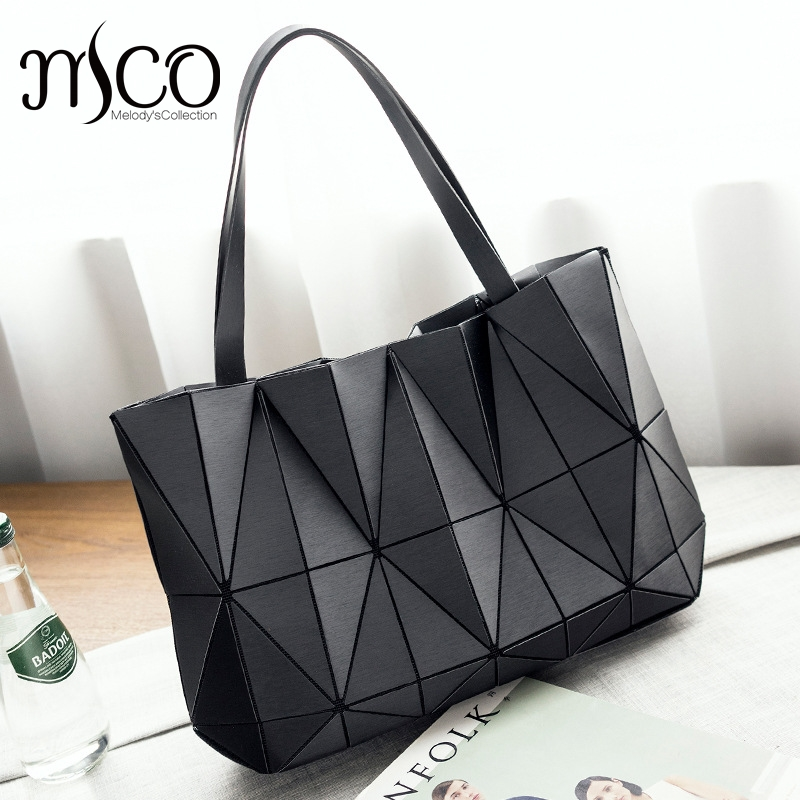 2018 Japan Bag Folding Chains Handbag Luxury Lucent Prism Rock Tote Bag Casual Shopper Tote luminous Women holographic Bao stylish chains and rivets design women s tote bag