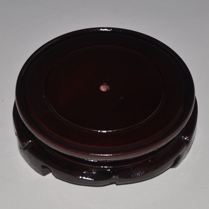 Rotatable ceramic vase wooden base stand tray
