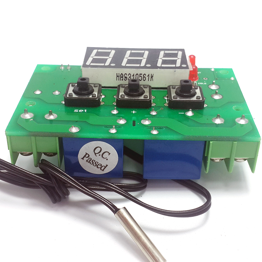 цена DC12V/24V Hot and cold automatically switches thermostat high and low temperature alarm 2 relays output