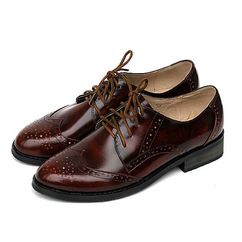 ФОТО Plus Size 34-44 Brogues Lace Up Women Oxford Shoes 2017 Spring Bullock Genuine leather Women Flats Shoes Vintage Zapato Mujer