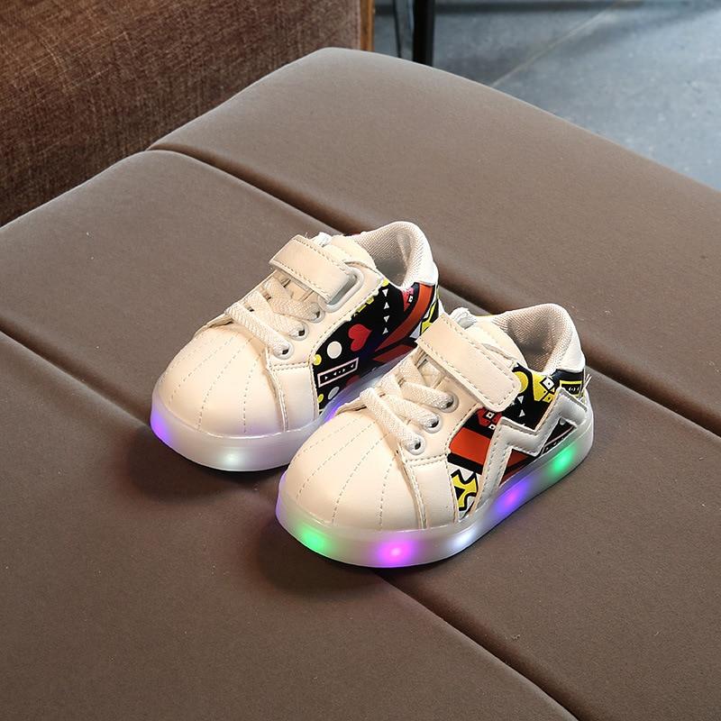 2018 Nieuwe gloeiende schoenen Meisjes LED-verlichting schoenen - Kinderschoenen - Foto 3
