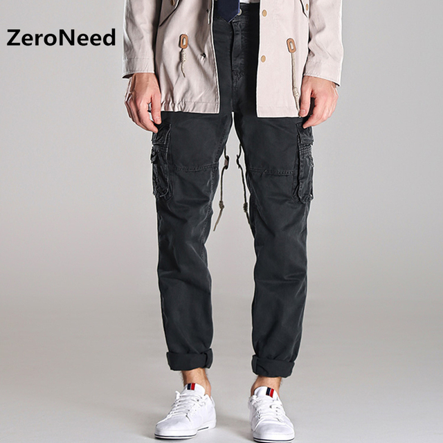 Mens Cargo Pants Outdoors Sportswear Loose Cotton Sweat Pants For Men Mountain Mens Joggers Brand Parkour Baggy Trousers Men 55