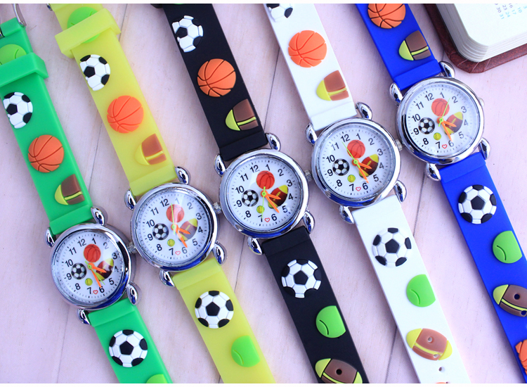 10pcs/lot 3d Cartoon Lovely Football Kids Girls Boys Children Students Quartz Wrist Watch Popular Wristwatches Clock Style Skillful Manufacture Children's Watches