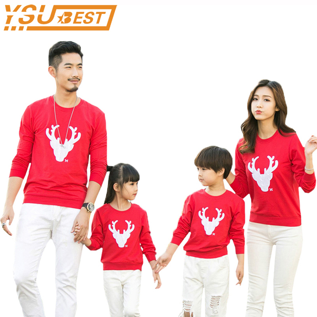 591c18f1e5 Christmas T-Shirts Family Look Mommy and Me Clothes Matching Mother  Daughter Father Baby T-shirt Christmas elk Family Clothing
