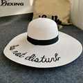 [Dexing] carta bordado sombrero de ala ancha de paja flojo del verano de las mujeres plegables playa Panamá señoras Iglesia Sombrero Chapeu Feminino