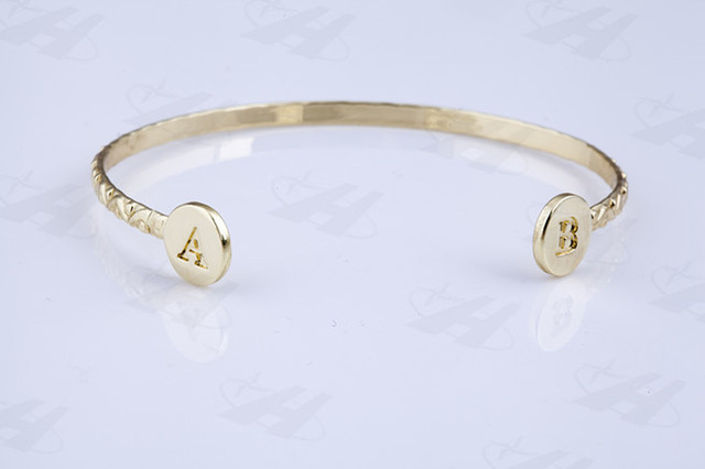 Custom Initial Bracelet Personalized Letter Name Bangles Fashion
