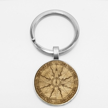 Classic Retro Compass Pattern Handmade Creative Chaveiro Glass Initial Key Chain Compass Car Key Hang Buckle dice pattern car key chain