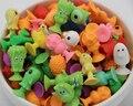 50 unids/lote buen Lechón Cúpula niños Animal de la Historieta juguetes Figuras de Acción niños Mini Ventosa Colector modelo de Cápsula
