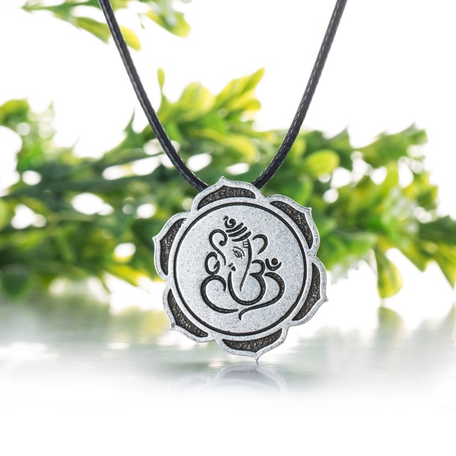 Online shop lord ganesha necklace most beloved god indian ganesh online shop lord ganesha necklace most beloved god indian ganesh pendant necklaces pendants gift for women antique silver aliexpress mobile aloadofball Image collections
