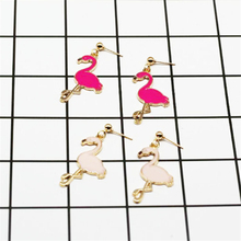 8SEASONS 2018 Fashion Handmade Flamingo Earrings for Women Gold Pink Fuchsia Color Animal Earring Hanging Jewelry Trendy 1 Pair
