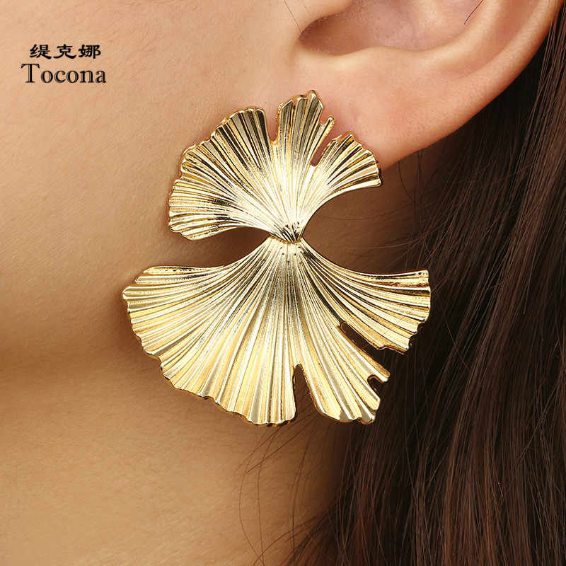 Tocona Vintage Antique Gold Ginkgo Leaves Drop Dangle Earrings for Women Punk Alloy Earring Brincos Statement Jewelry 2620