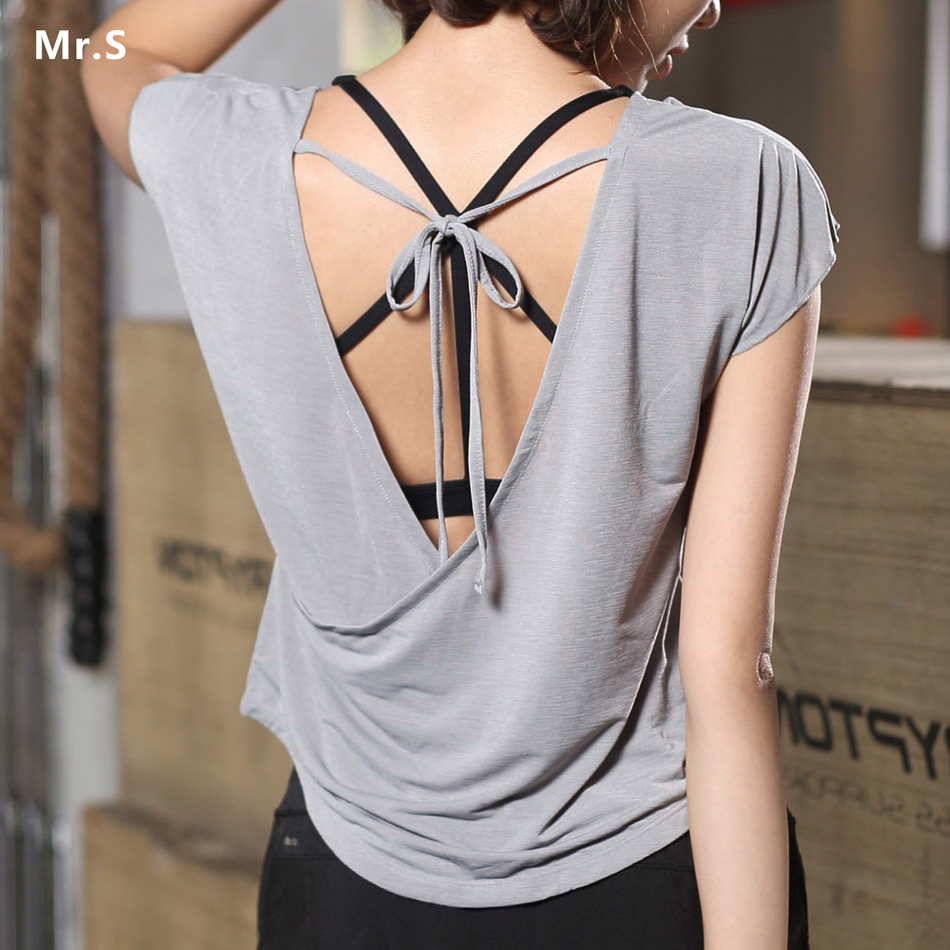 Soft Women Backless Sports Yoga Shirts Fitness Crop Top Workout Gym Tops Cross Back Solid Color Loose O-neck Short Sleeves Shirt white slit design round neck long sleeves crop top
