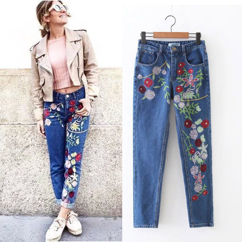 цены 2017SS new Woman Fashion Blue Denim Moms Jeans with Heavy Flowers Embroidery Cropped Multi pockets Trousers Pants