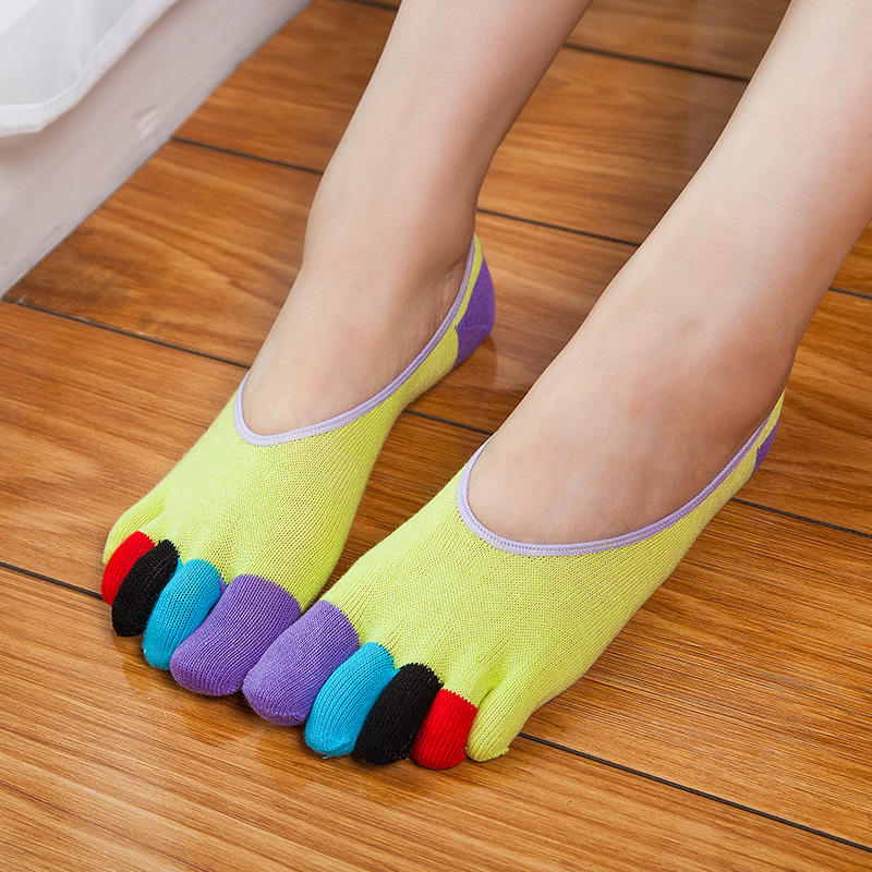 New Fashion 10 Colors Spring Women Socks Cotton Non Slip Dance Pilates Sock Women Warm Cute Ladies Socks With Five Finger