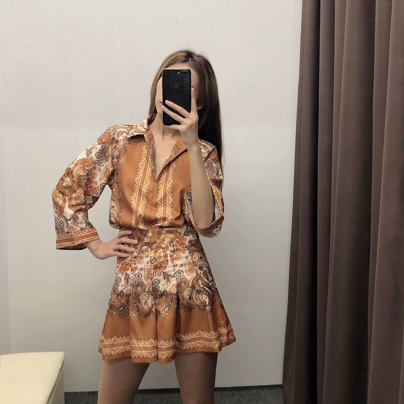 women-sets-summer-2019-new-fashion-thin-material-vintage-prints-pattern-modern-girl-clothing-shirt-blouse-and-pleated-shorts