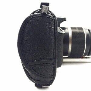 Image 4 - หนังแท้สายคล้องมือกล้องจับสำหรับSony Olympus Panasonic DSLRอุปกรณ์กล้องมืออาชีพ