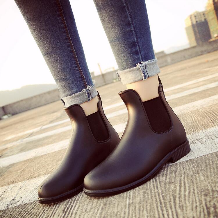 Womens chelsea ankle boots rubber rain boots waterproof rainboots fashion boots for women free shipping fashion madam featherweight rubber boots rainboots gumboots waterproof fishing rain boots motorcycle boots