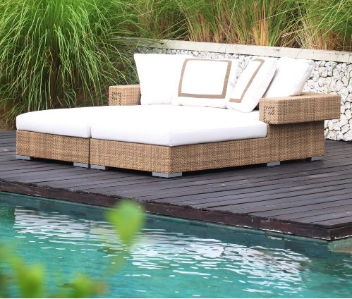 2017 Factory Direct Sale Synthetic Rattan Furniture Outdoor Chaise Daybed Double Beds China Mainland