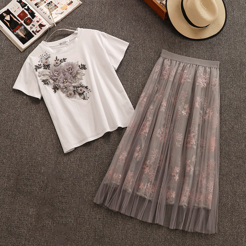 TAOVK Fashion Women 2 PCS Sets 3D Embroidery Floral O-Neck Short Sleeve T Shirt+mesh Skirt Women Suits