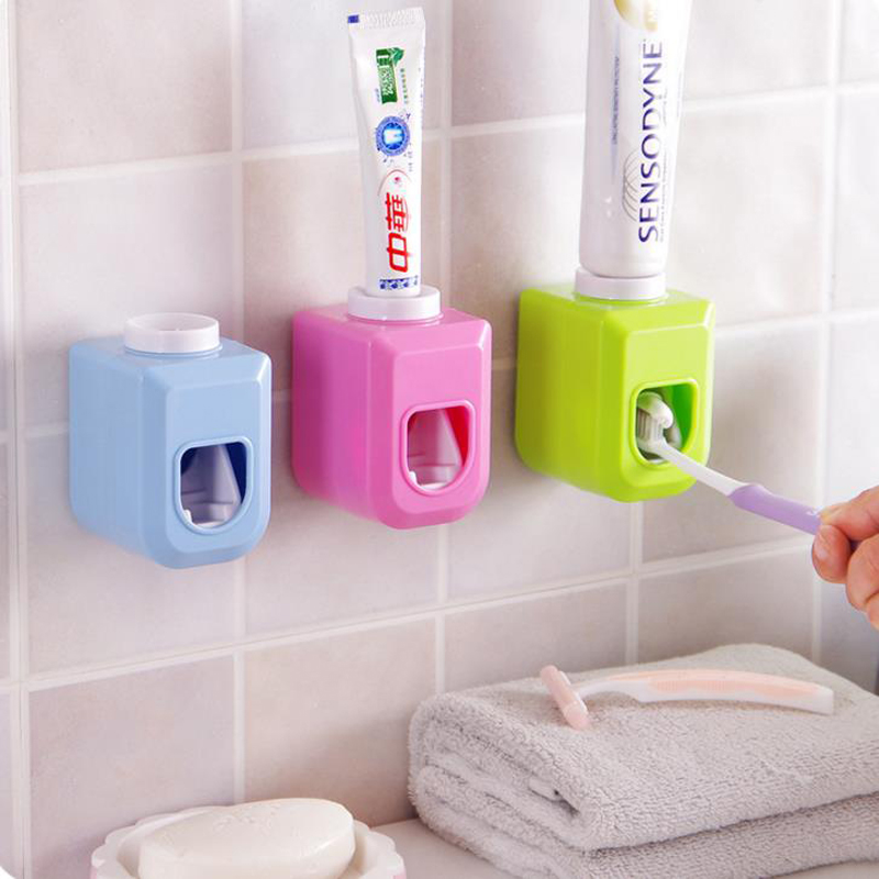 1 Pcs Novelty Bathroom Set Wall Mount Rack Bath Set Automatic Toothpaste Dispenser +Toothbrush Holder image