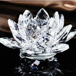 Jasne czyste świętego 10 cm kryształowy kwiat lotosu ze szkła kwarcowego pamiątki religijne do dekoracji domu w Figurki i miniatury od Dom i ogród na