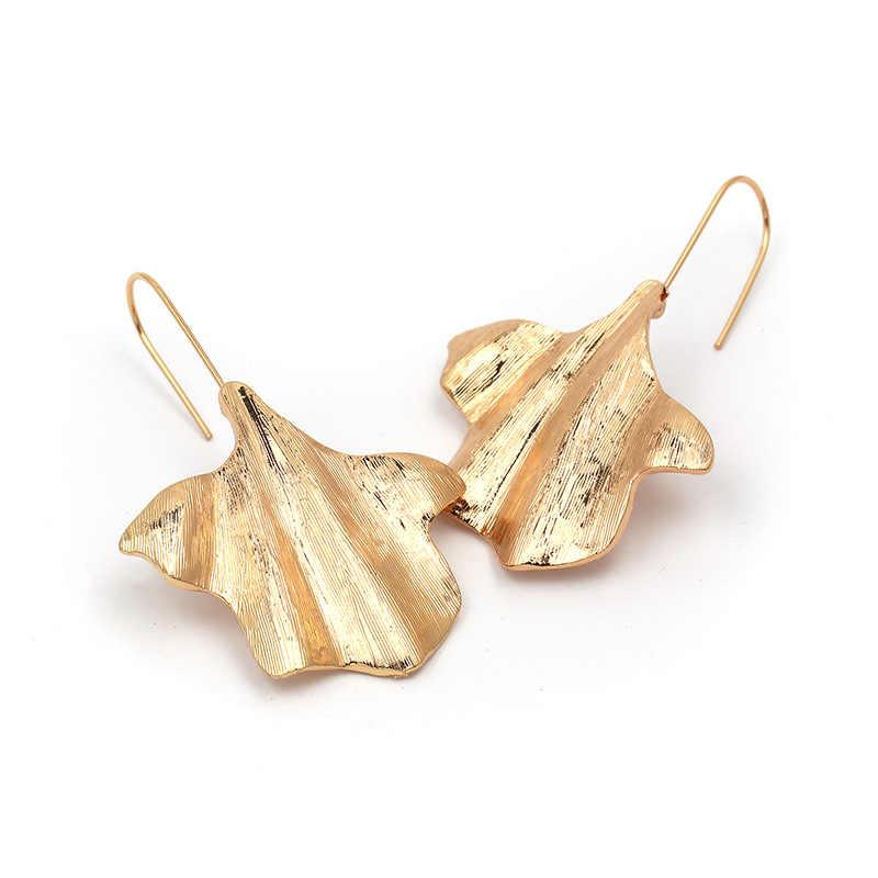 2019 New simple Charm Golden Big Leaf Long Drop Earrings For Women Punk Metal Statement Dangle Earrings Party ZA Jewelry Gift