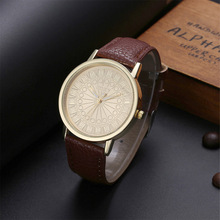 Fashion Watches Men Watch Casual Roman Numerals Dial Leather