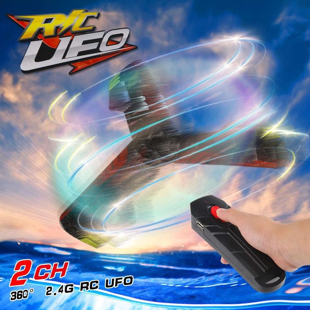 UFO spielzeug Bumerang Flugzeuge Kreative Mini Drone RC Quadcopter Fernbedienung Wiederaufladbare Fliegende Untertasse Mit Flash Licht 2,4G