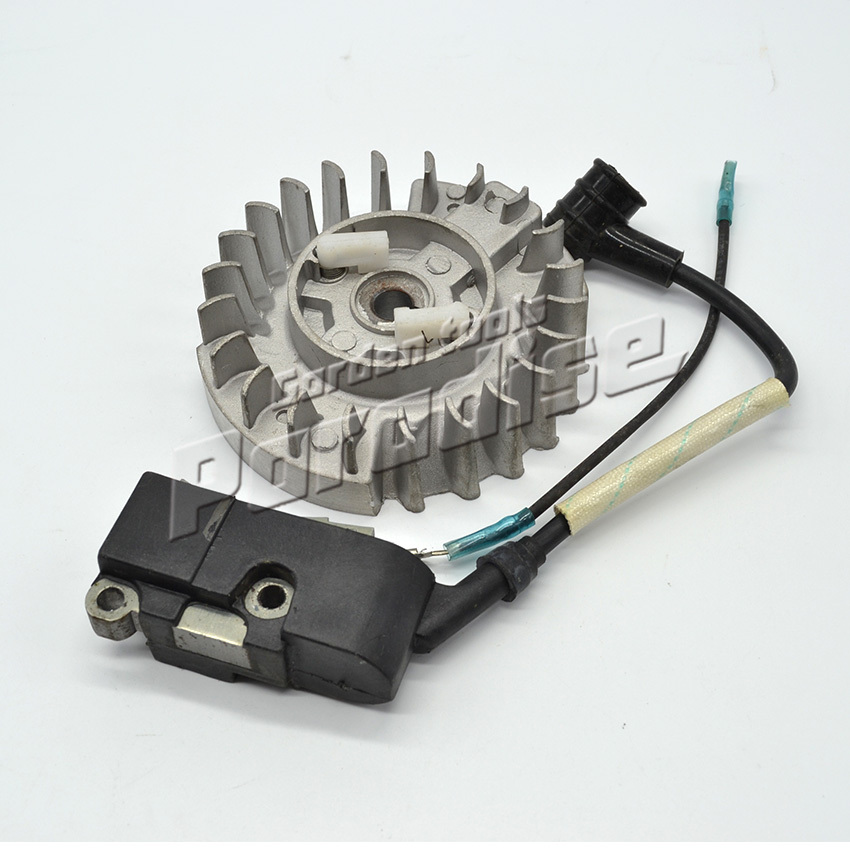 5200 Gasoline Chainsaw Parts Chain Saw Ignition Coil and Flywheel with plastic Pawl Free Shipping chain sprocket cover assy for chainsaw 61 262 266 268 272 free shipping partner chain brake parts 503 73 66 01