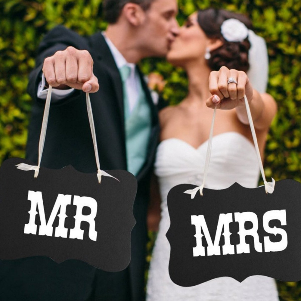 Mr and Mrs Photo Props Chair Decoratives Signs Banner Garland Bridal Wedding Party Decor 2 Colors Event Supplies Free Shipping