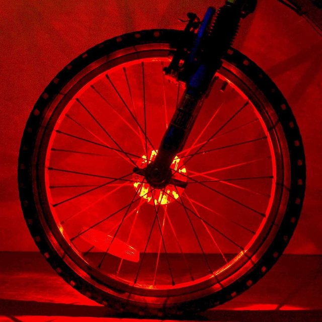 Rechargeable Bicycle Hub Light 8LED USB Charging Cycling Safety Night Lamp 8 Flash Modes Waterproof MTB Road Bike Light