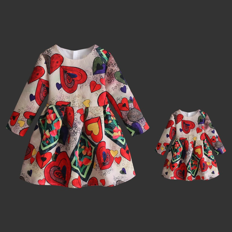 Spring Mom Kids Clothes Family Matching Outfits women children girl Fashion heart print full sleeve Dress Mother daughter dress цена 2017