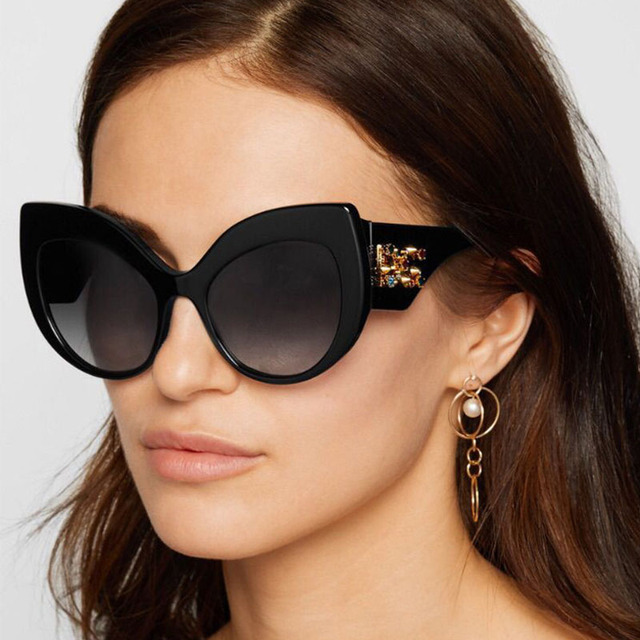 Baru Explosion Model Super Besar Yang Cantik Mata Kucing Kacamata Hitam  Wanita Trend Mata Modern Kepribadian e62f73b13a
