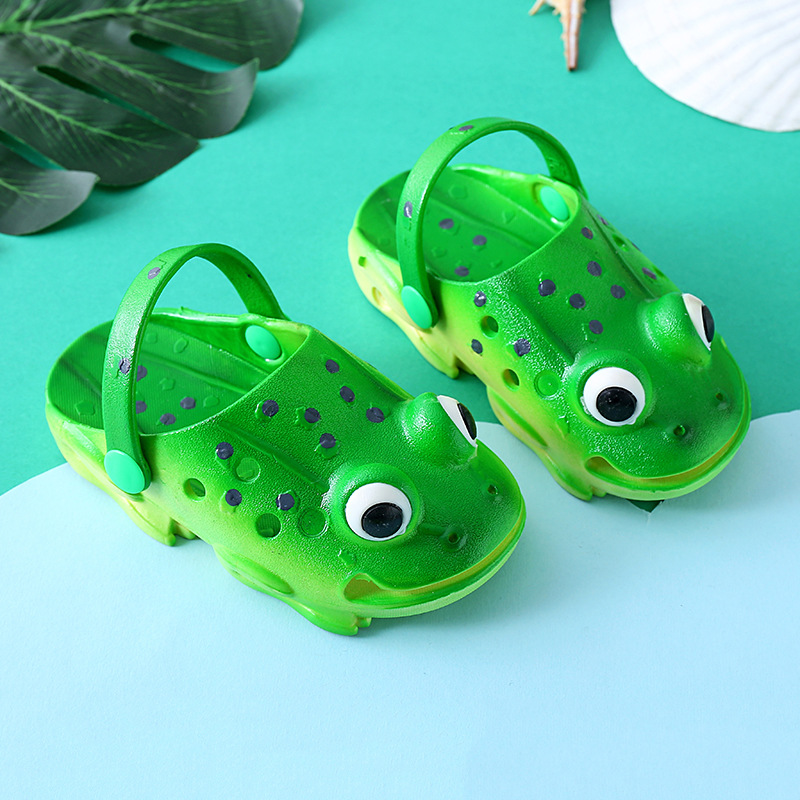 3D Simulation Frog Toddler Baby Slippers Indoor Slippers for Kids Super Soft Anti skid Design of Sole Animal Flats for baby 1 2Y in Slippers from Mother Kids